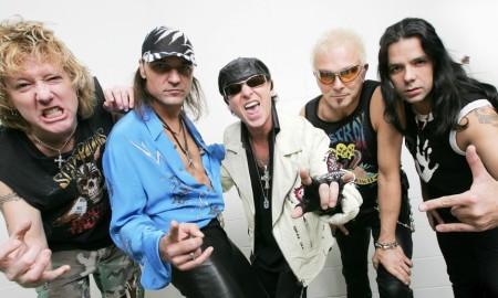 Mit über 100 Millionen verkauften Tonträgern sind sie die erfolgreichste deutsche Rockband aller Zeiten, gelten als Erfinder des Hard Rock und Heavy Metal und waren Wegbereiter und Vorbilder für Bands wie Bon Jovi oder Metallica: Die Scorpions.